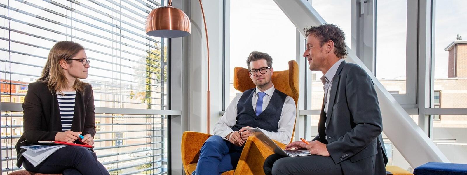 bachelor-human resourses management- studyinholland-universitiesofappliedsciences-saxion-enschede-holland